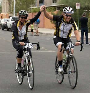 Lorena Evans and Brendan Lyons in a triumphant finish of El Tour 2012